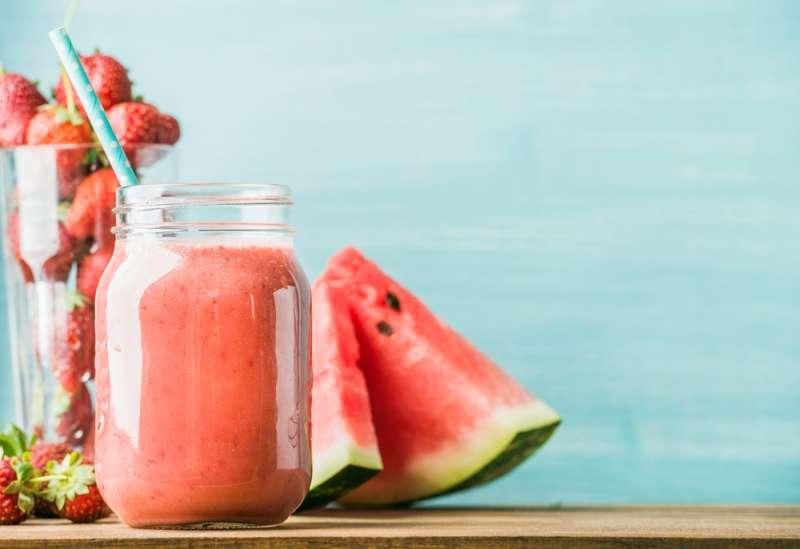Receita de Suco antioxidante de morango e melancia