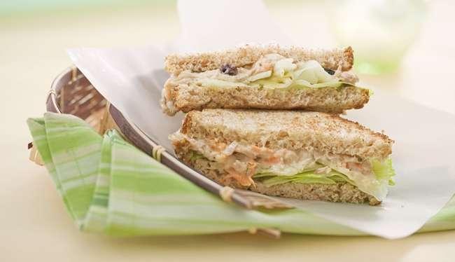 Receita de Sanduíche natural de patê de atum