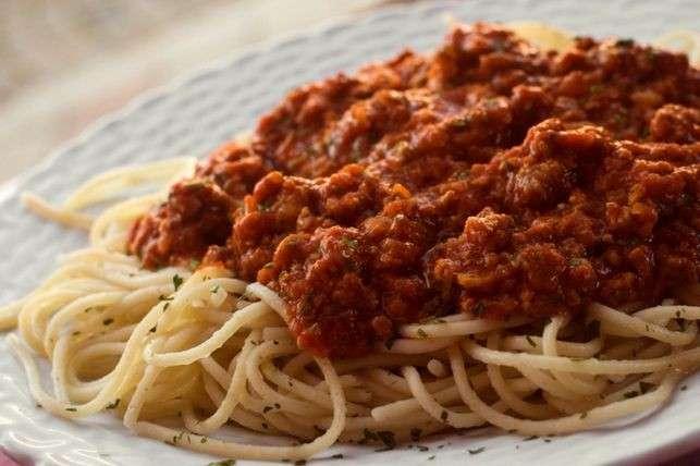 Receita de Bolonhesa com Esparguete Picante