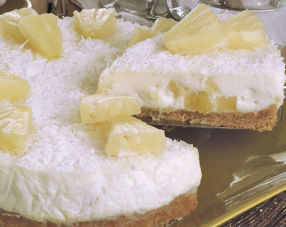 Receita de Torta de abacaxi com Ricota e Coco