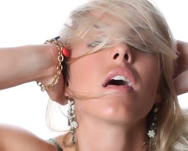 10 kuriozit s klitorisem, které ženy milují: Nahlédněte do ženského rozkroku trochu jinak