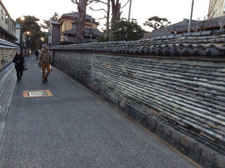La muralla Tsuiji del templo Kannon-ji