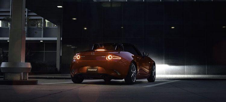 2016-Mazda-MX-5-Miata_3_lg
