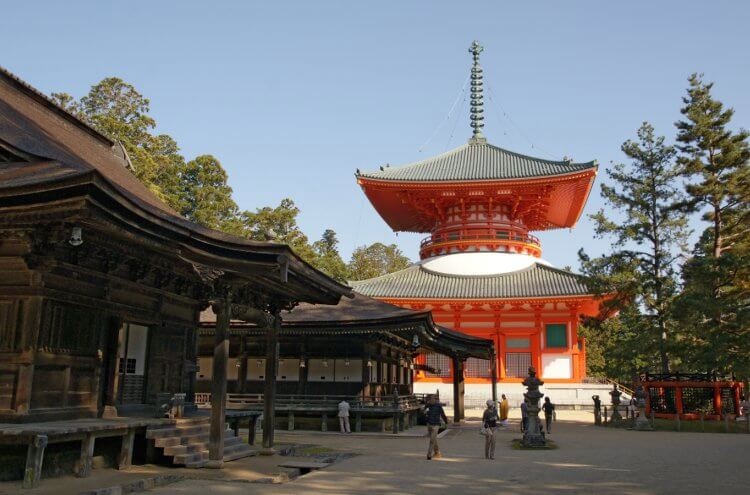 Danjogaran, en el centro del monte Kōya