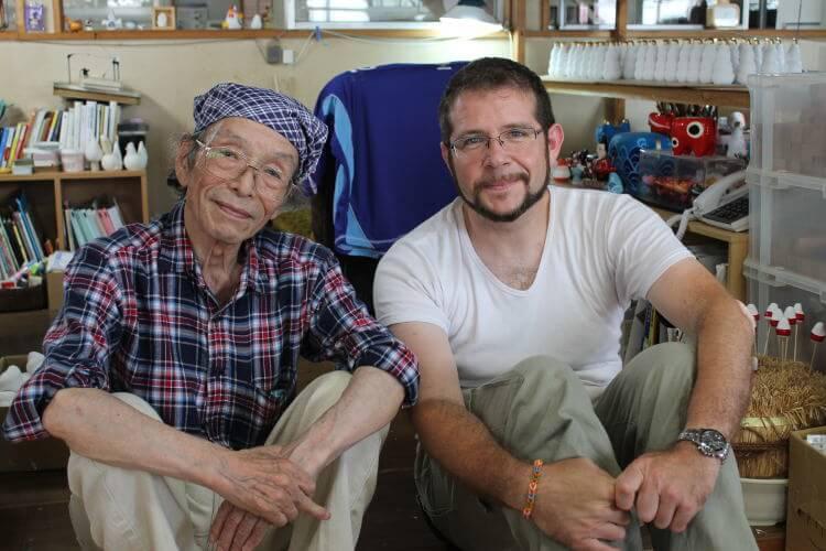 El artesano japones Hōrin san con Ramón Serrano