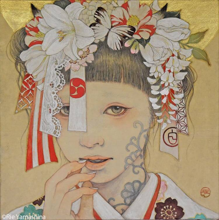 «Haku no Ayakashi (白ノ妖), La blanca ilusión» 20cm x 20cm Materiales: 雲肌麻紙に岩絵具、水彩絵具、鉛筆、金泥、千代紙