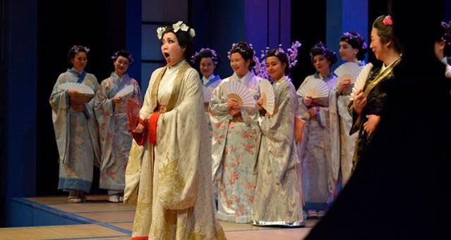 Madama Butterfly Opera 2001 P