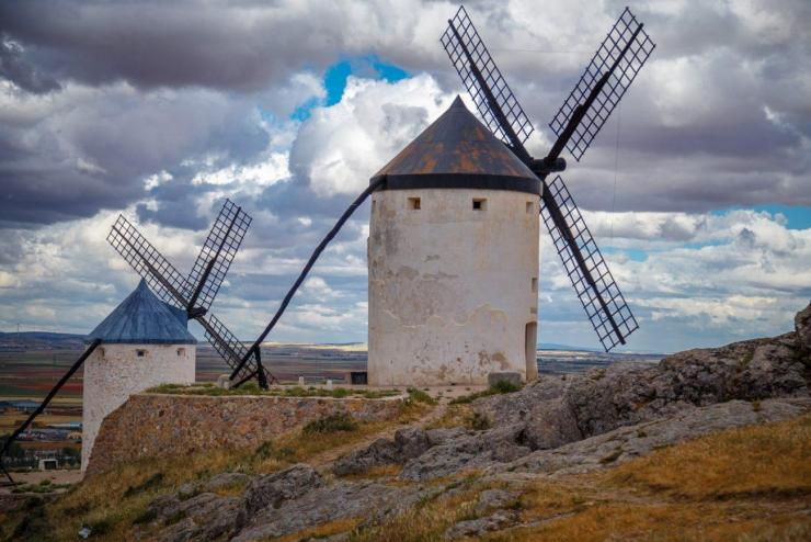Consuegra with kids