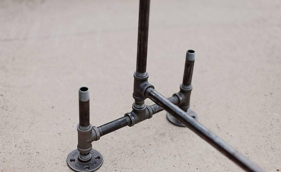 DIY: Handmade Pipe Coat Rack