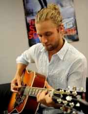 casey james long wavy hairstyles