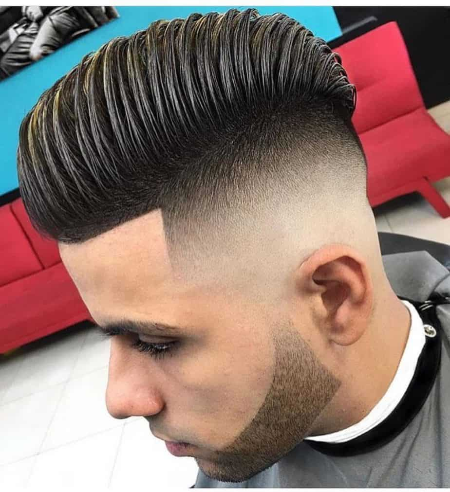 Top 50 Comb Over Fade Haircuts for Guys (2021 Hot Picks}