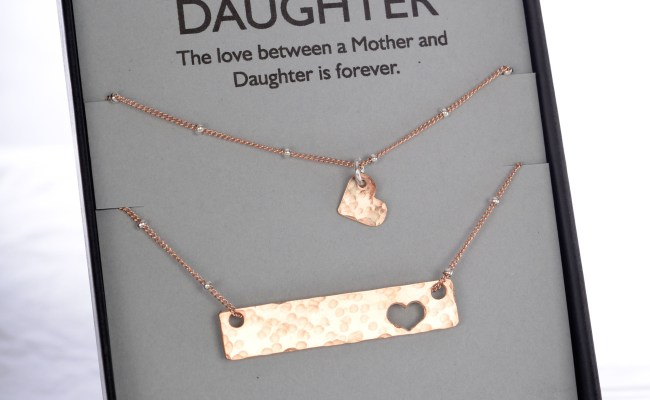 8 Of The Sweetest Mother Daughter Necklace Sets Mother S