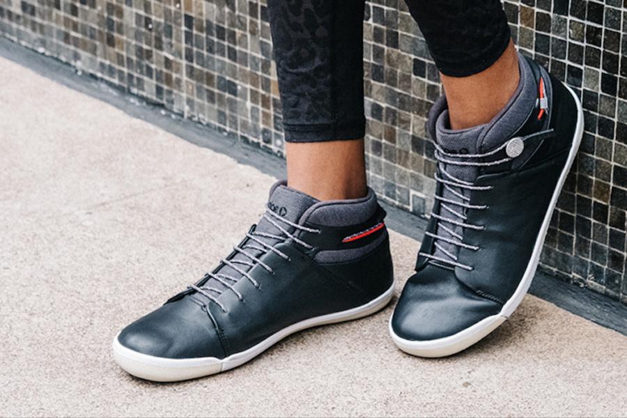 4 cool black sneakers