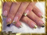 gold bling nail art
