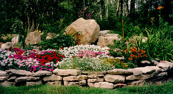 landscaping with rocks tampa
