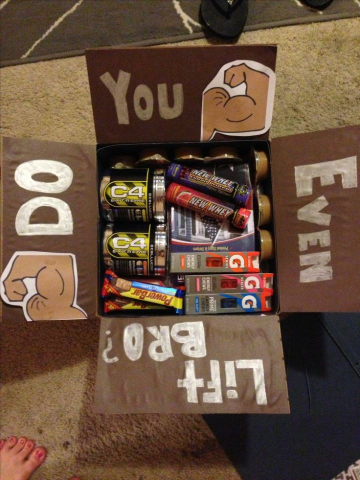 Valentine Day Care Packages Ideas For College Students 2018