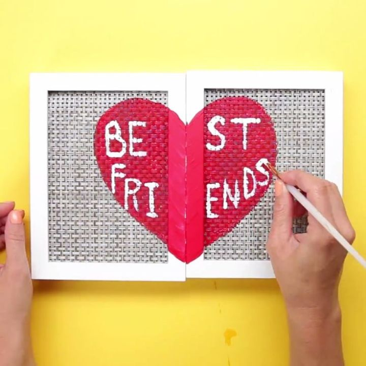 Best Valentine's Day Gifts Ideas for College Students 2018