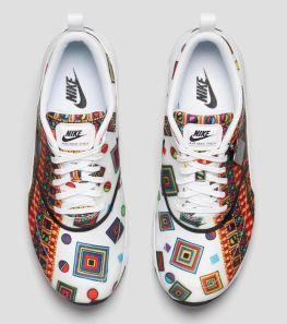 http://sneakernews.com/2014/04/02/adidas-zx-9000-memphis-group/