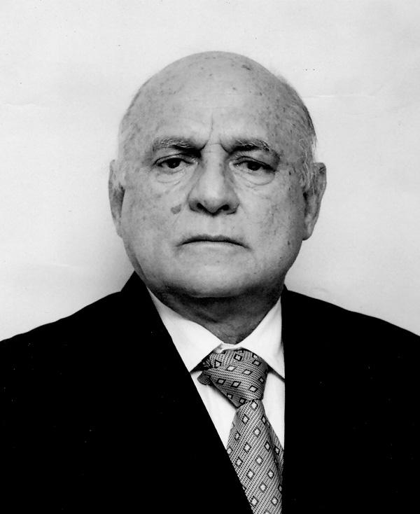 Dr. Marcos Pereira da Silveira