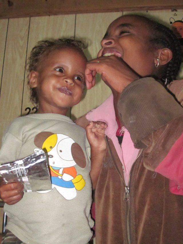 Des de Alegria amb Gambo realizamos la segunda donación para el proyecto! africa alegria gambo etiopia gambo