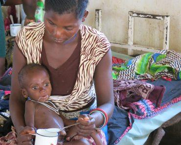El agónico sufrimiento de la infancia de África, ¿por qué?