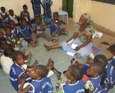 El primer año de escolarización de Alassane gracias a la ONG La Joie des Orphelins – DUNA y a tod@s vosotr@s