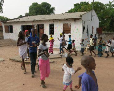 El antes y el después del local La Joie des Orphelins! Merci beaucoup mes amis!!