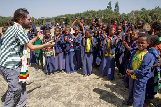 Siempre hay tiempo para compartir la Alegría africa