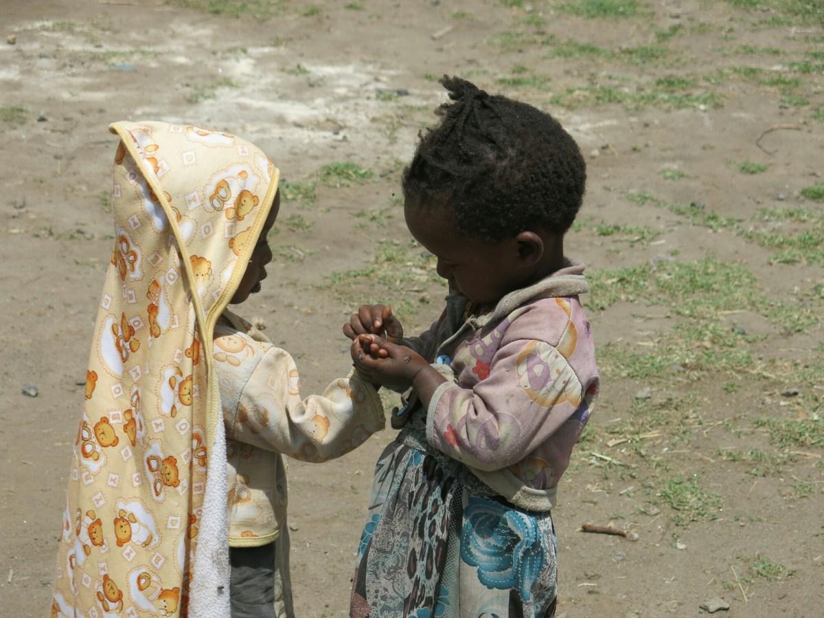 Algo va mal cuando nos tenemos que manifestar para decir que matar está mal. africa alegria gambo alegria sin fronteras dr alegria etiopia