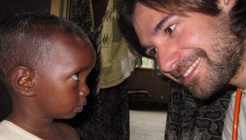 Gracias Pau Dones, Jarabe de Palo. africa alegria con gambo asociacion española de pediatría Jarabe De Palo lo mas visto videos
