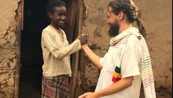 Construyendo el paraíso africa alegria gambo alegria sin fronteras dr alegria