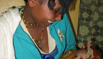 El primer beso africa alegria gambo alegria sin fronteras etiopia
