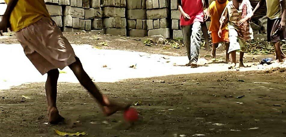 El Mundial de Fútbol del pueblo, el balón de la esperanza africa