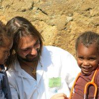 Unidos por el hospital de Gambo en Etiopía, ven a conocernos en la presentación de Barcelona