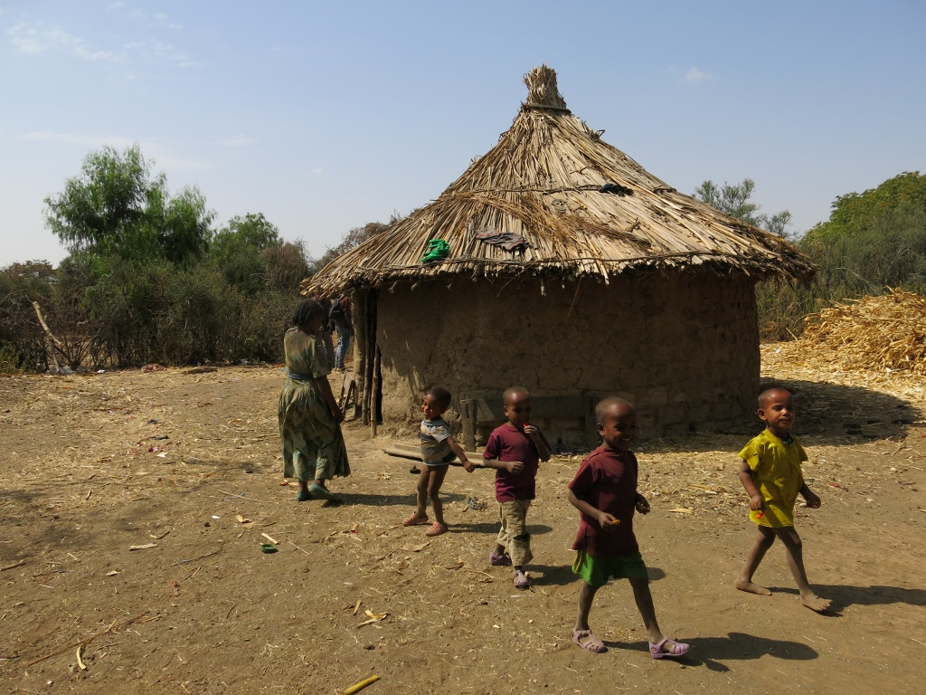 Ethiopia allow refugees to work legally