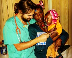 Mujeres contra el hambre en Etiopía: es necesario conseguir un gran equipo sanitario local en el hospital de Gambo