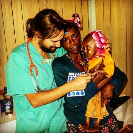 Mujeres contra el hambre en Etiopía: es necesario conseguir un gran equipo sanitario local en el hospital de Gambo africa dr alegria etiopia gambo