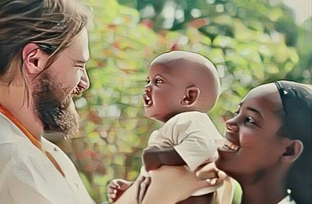 Me mueve el Amor alegria gambo alegria sin fronteras dr alegria etiopia gambo
