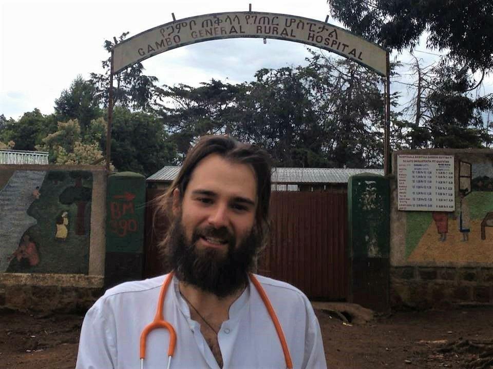 El hospital de Gambo: el hospital que multiplica las camas alegria gambo alegria sin fronteras dr alegria gambo