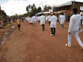 campaña de sensibilización en los poblados junto a las autoridades sanitarias de la región (1)2458968211495749735..jpg