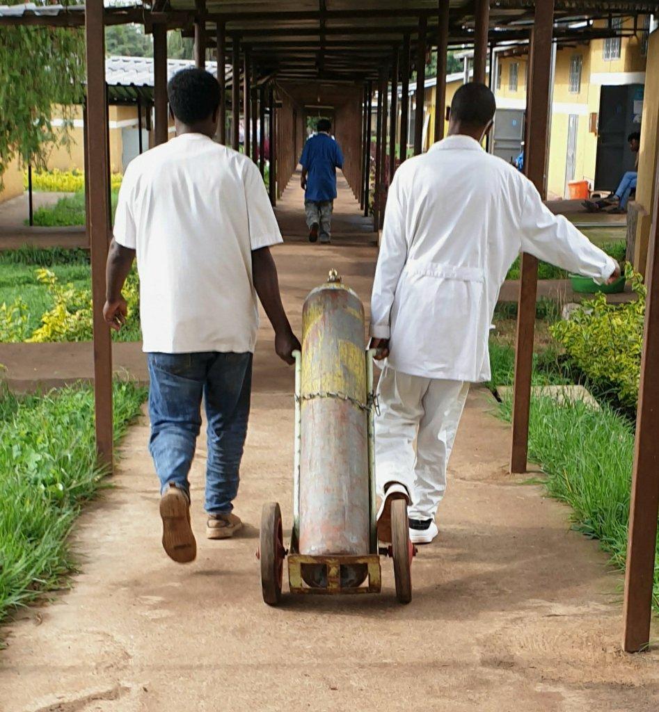Gambo, el Hospital liderado por Enfermería actualidad alegria con gambo alegria gambo alegria sin fronteras enfermeria gambo rural hospital hospital ONG Vacuna Covid19