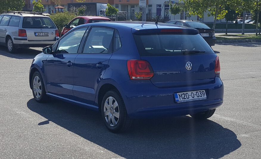 http://Volkswagen%20Polo%202010%20-%204