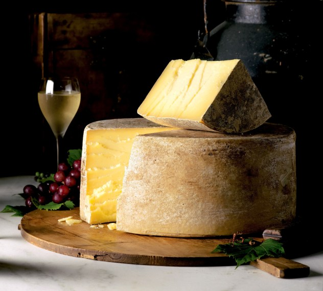 CABOT CREAMERY COOPERATIVE CLOTHBOUND CHEDDAR