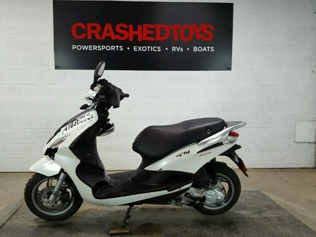beat the commuter blues in this 2014 piaggio fly 150 – welcome to
