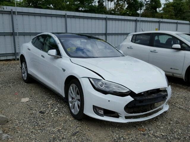 2014 Tesla Model S at Copart.JPG