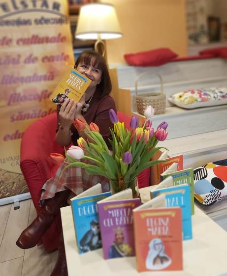 Interviu cu un scriitor de cărți pentru copii… Simona Antonescu