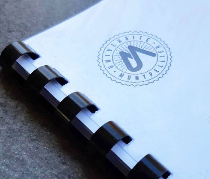 Dossier reliure spirale plastique 75g