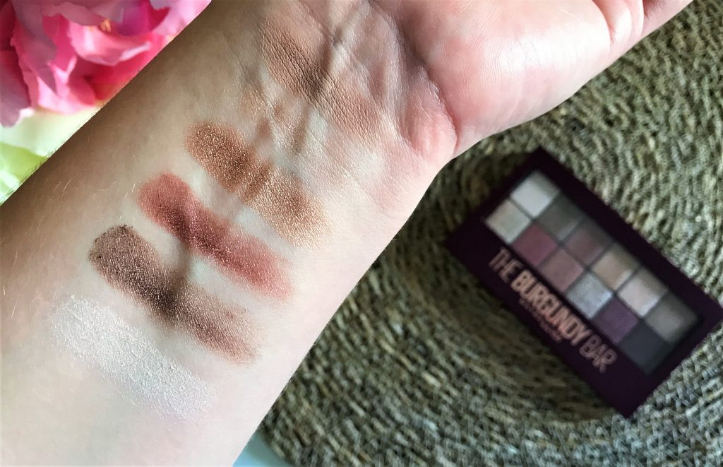 The Burgundy Bar Maybelline rang 1