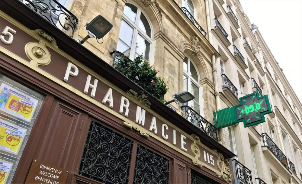 Facade pharmacie saint honore 2