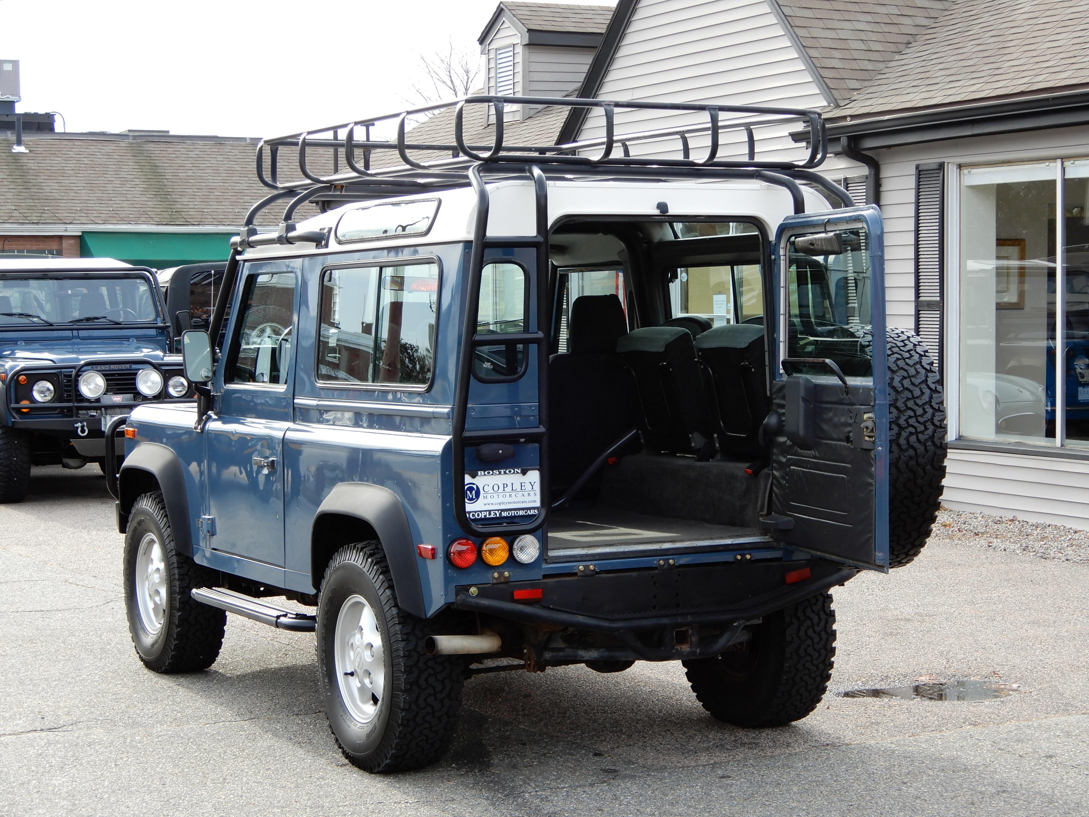 1995 Land Rover Defender 90 station wagon 256 500